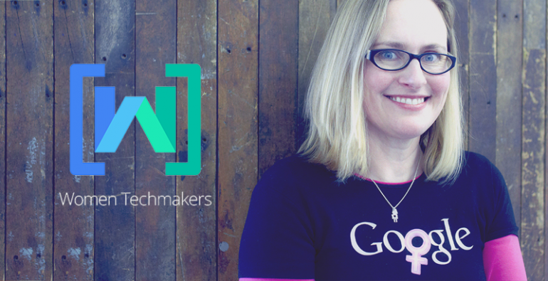 Mulher com camisa do Google no programa Women Techmakers